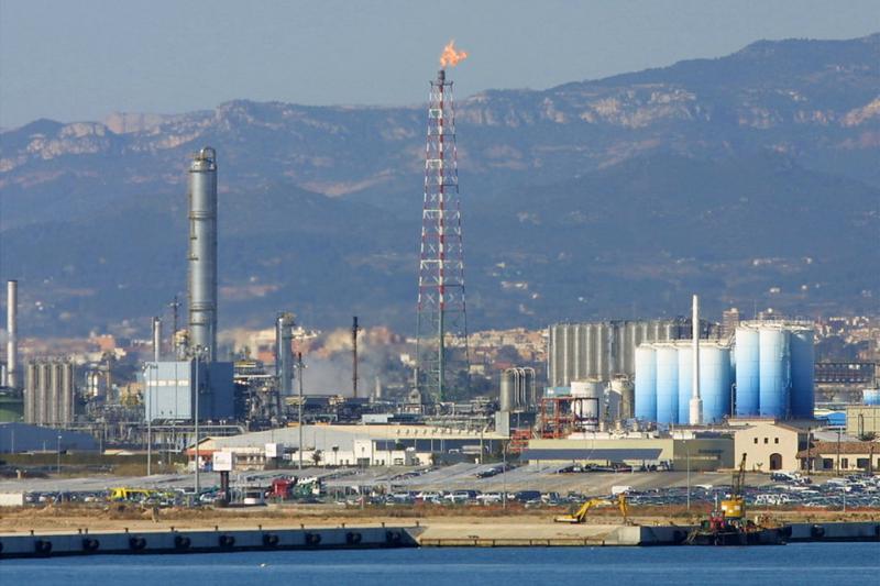 Llum verda a l'estació intermodal de BASF a Tarragona