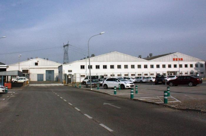 Behr Montblanc ultima un pacte per mantenir 700 treballadors fins al 2016