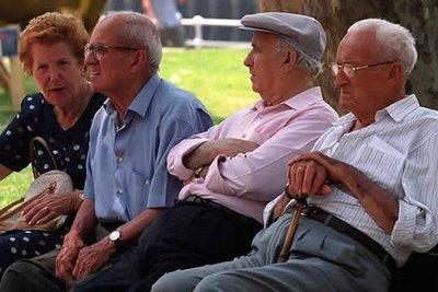 La pensió mitjana a la demarcació se situa en 899,86 euros