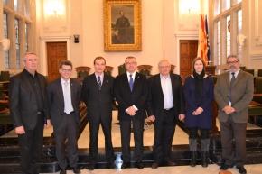 El govern municipal es reuneix amb representants de la multinacional russa Kemz
