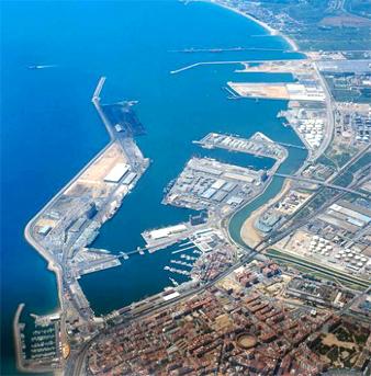 'Megacàrrega' de plataformes de tren al Port