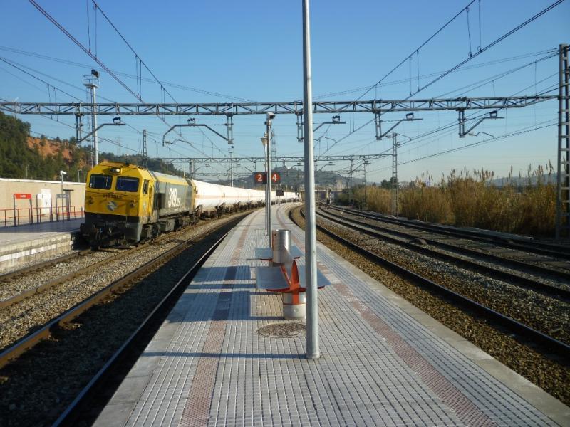 L'aposta de la Generalitat per connectar el Port de Tarragona amb Europa: el tercer fil